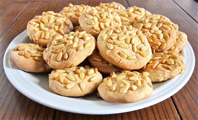 Picnoli Cookies