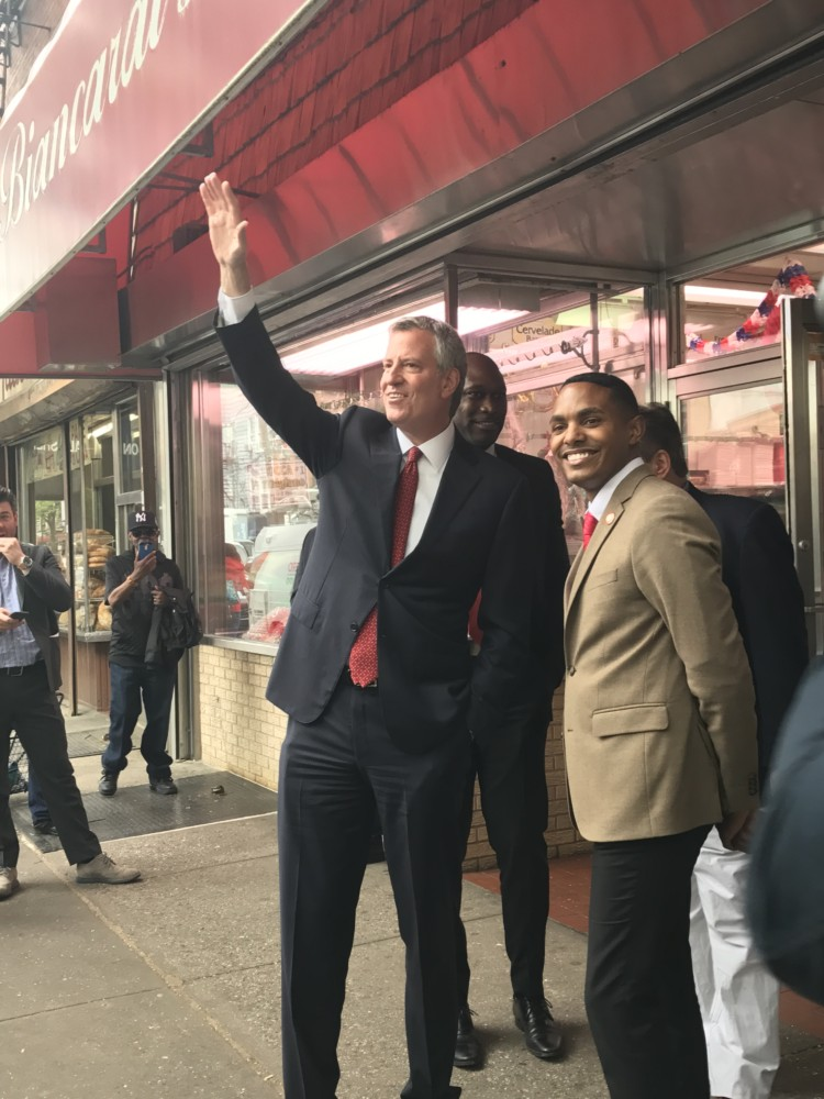 Mayor De Blasio visits Arthur Avenue